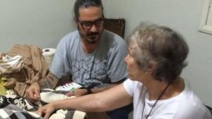 João Pimenta fez visita técnica ao lado de Geni Ribeiro, consultora da Santa Luzia Redes e Decoração para desenvolvimento e adequação de produtos para exportação